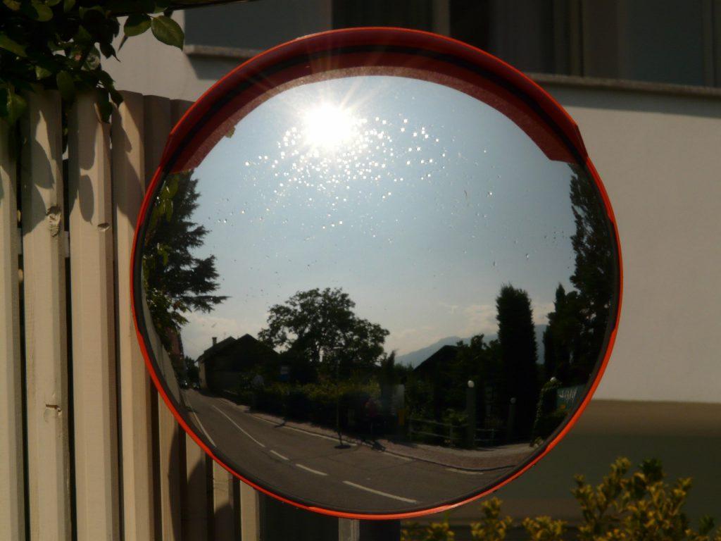 mirror-676_1920